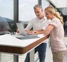 Moll Unique: столы T7 и T7 XL для работы сидя и стоя